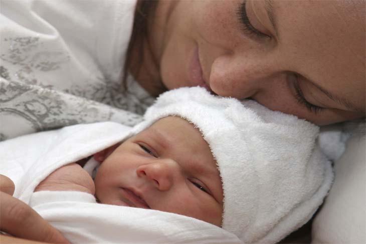 أهم النصائح للتعامل مع الطفل حديث الولاده