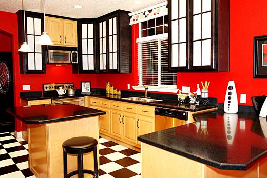 ديكور مطبخك باللون الأحمر !