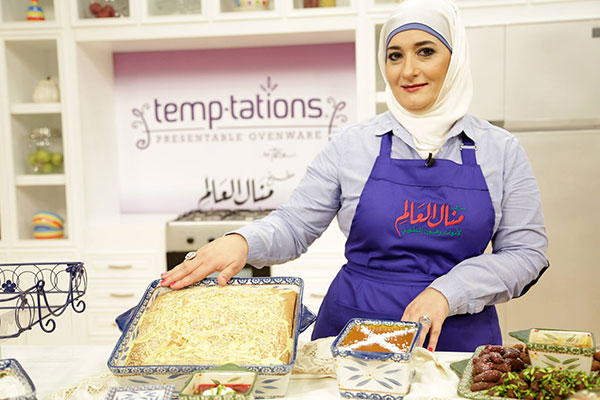 منال العالم ملكة المطبخ العربى فى مهرجان دبى للمأكولات  6 -2 - 2015